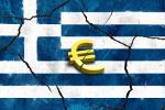 Griechische Nationalflagge mit Eurozeichen